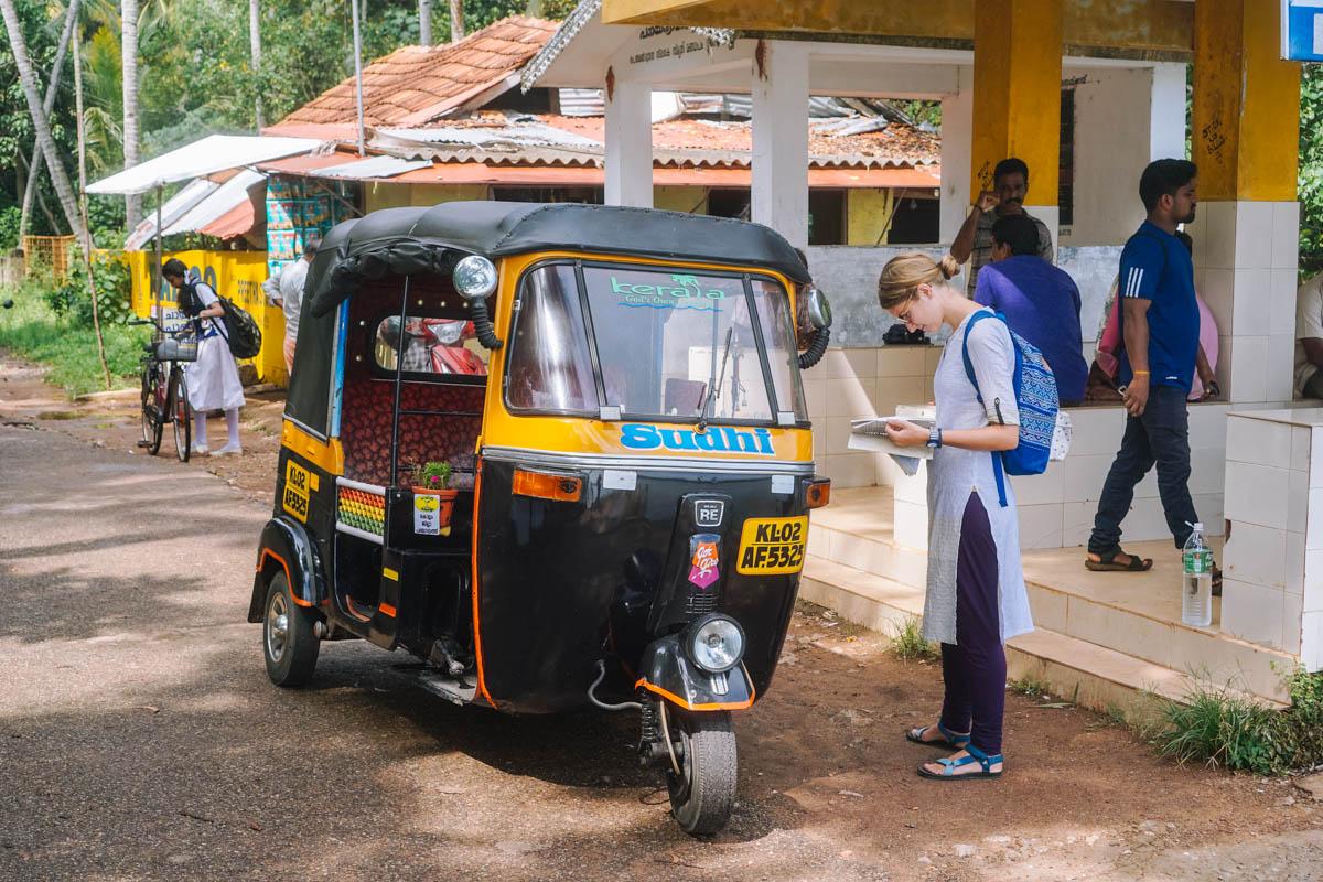 Con nuestra rickshaw (tuc-tuc) de aquí para allá